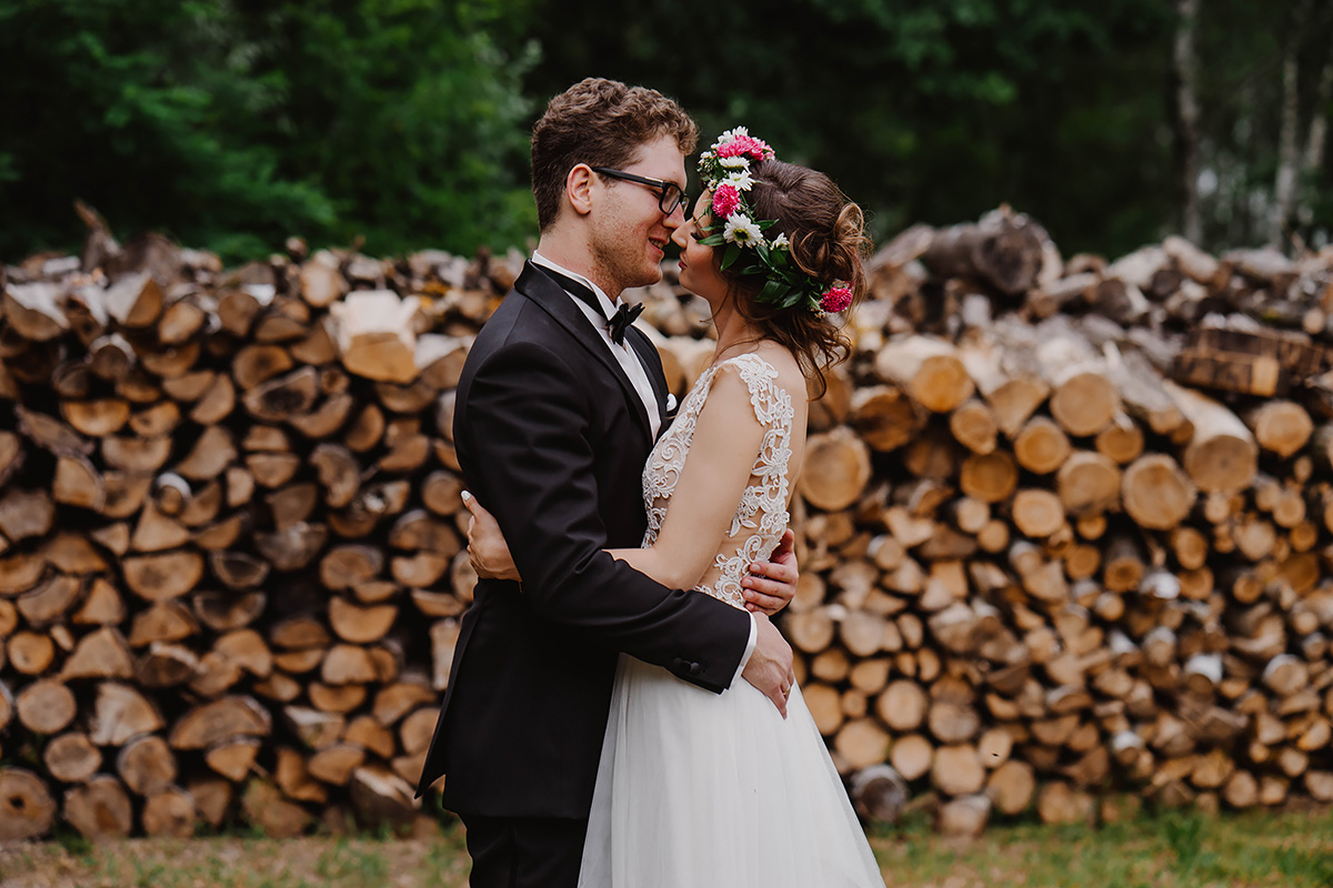 rustic wedding at all saints barn